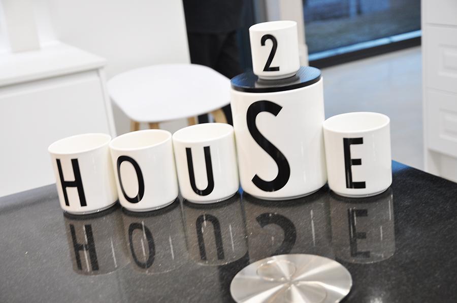 House2-House2-Room2-astiat
