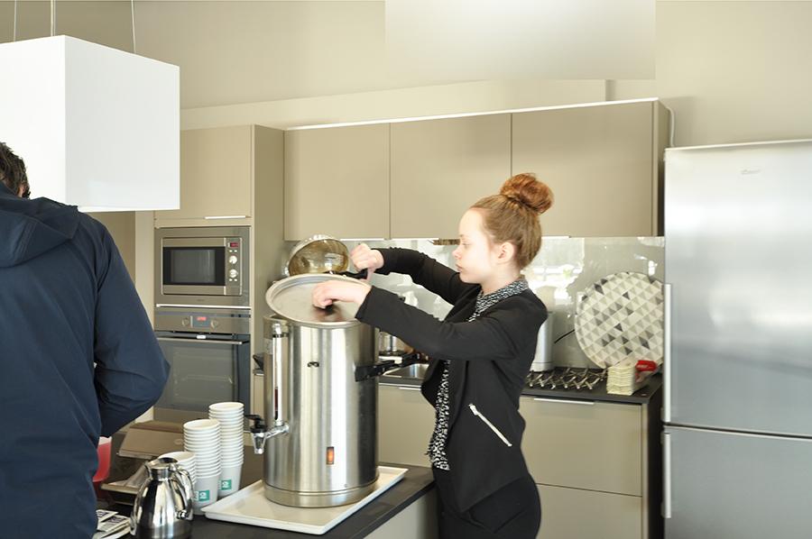 House2-avajaiset-kahvi