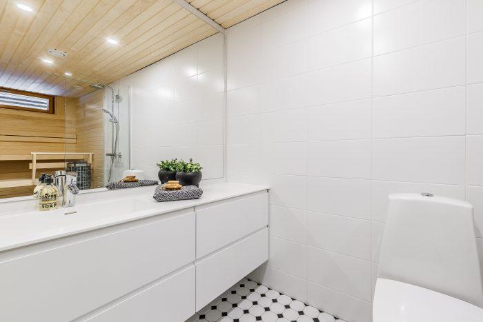 Valkoinen wc